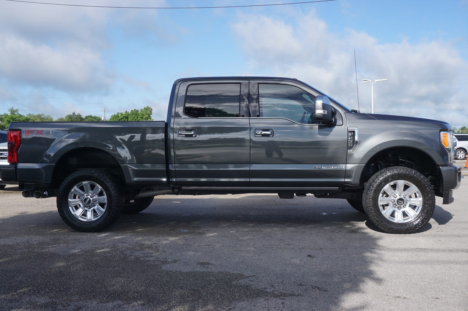 Pre Owned 2018 Ford Super Duty F 250 Srw Platinum