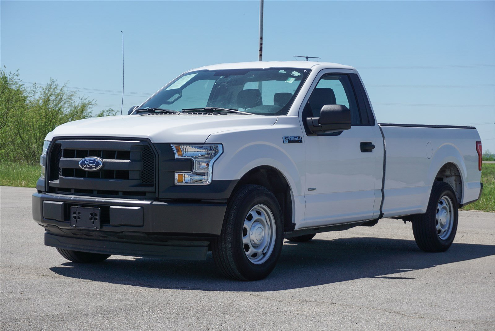 Pre Owned 2017 Ford F 150 Xl