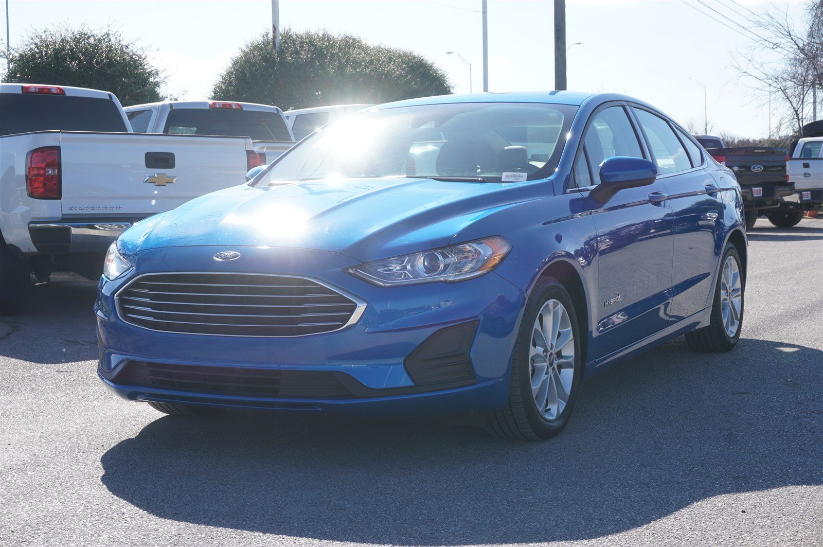 Pre-Owned 2019 Ford Fusion Hybrid SE